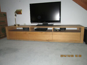 Television/Entertainment Bench