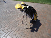 Top Flite golf clubs with stand bag.