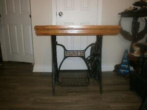 Singer sewing machine antique base desk oak top