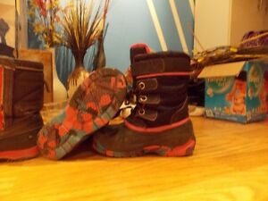 WINTER IS COMING--DO THE KIDS HAVE BOOTS?-BAFFIN&KODIAK Cambridge Kitchener Area image 2
