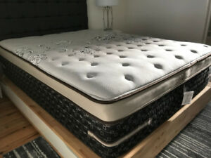 Queen Sized bed frame / base with four large pull-out drawers