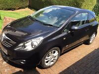 Vauxhall Corsa 1.4 SXI 2010 black 45,000 miles MOT and history