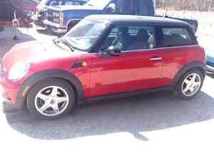 2009 Mini Cooper - Transmission automatique - 79,000 km
