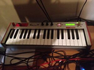 Synth Alesis Micron