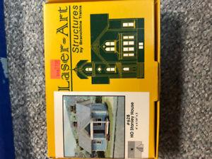 Model Railroad HO Staley House - Laser Art Wood kit - New