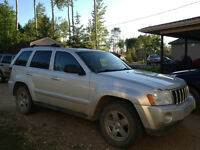 2005 Jeep Grand Cherokee Limited SUV, 5.7L for sale.