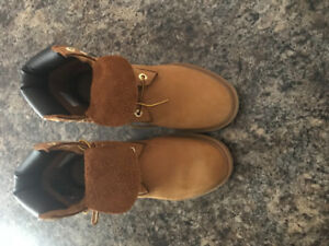 Size 7 men's Timberland boots for sale asking 120 or best offer
