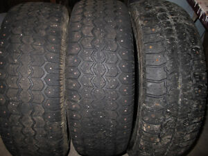 FREE FREE FREE 3 Winter Studded Tires 215/70/R15