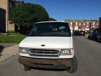 Ford Econoline E250 2001 Appellez / Call