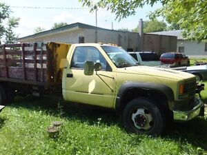 1992 Chev Dump Truck $2,500 as is