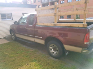 Pick-up ford f250 King cab V8 aut a/c 152 000km boite 6.5pied