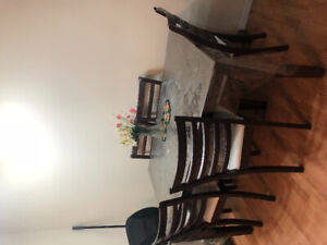 Dinning ta le for sale