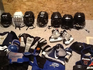 Hockey equipment for kids 4-8 Windsor Region Ontario image 1