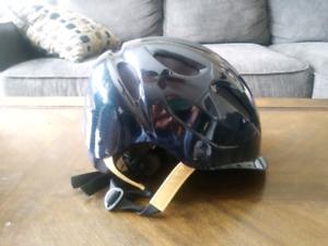 Medium/Large Ovation Helmet