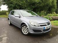Vauxhall Astra 1.8i AUTO Club 5 door hatchback in grey with a new MOT & Service