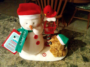 """Hallmark Collectibles """"Merry Carolers"""" Animated Decoration"""