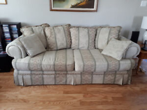 Sofa chesterfield and love seat