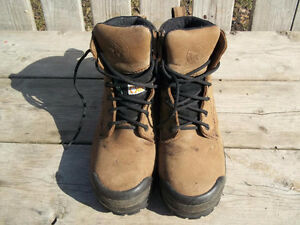Good Condition: Women's Size 6 Steel Toe Boots