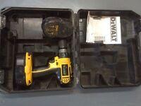 Dewalt DC715 cordless 18v Drill driver