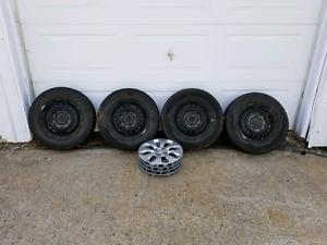 4 pneus hiver 175/70R14