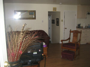 One bedroom apt close to downtown Parry Sound