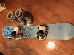 Planche à neige et bottes Salomon