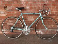 VINTAGE TRIUMPH ROAD BIKE RACER LOOKS LIKE BIANCHI IDEAL STUDENT COMMUTER BICYCLE retro
