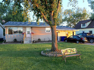 Home for sale in Canora