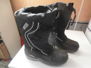 Women's Baffin Polar Proven Winter Boots Size 8