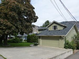 Beautiful 5 Bedroom, 4 Bath Valleyview home with in-ground pool!