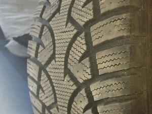 1 pneu hiver general tire 205-55-r16