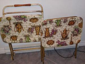 2 Vintage TV trays