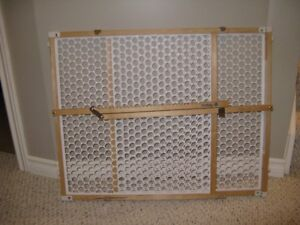 Safety 1st Bamboo doorway gate