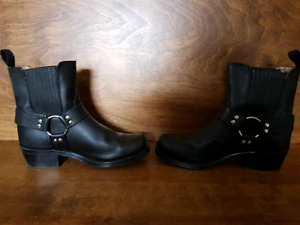 Men or women motorcycle boots