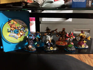 Skylanders Swap Force game and characters