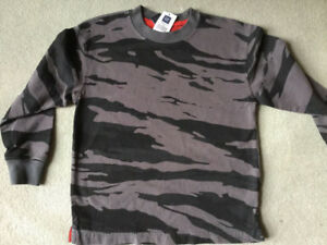75% OFF BRAND NEW GAP CAMOUFLAGE SHIRT SIZE S (6-7)