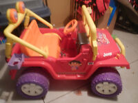 DORA JEEP IN EXCELLENT CONDITION - BARELY USED!!