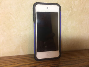 iPod5 touch 32G with case