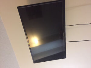 32 FlatScreen TV for Sale !!