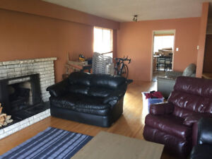 Unfurnished bedroom in shared house