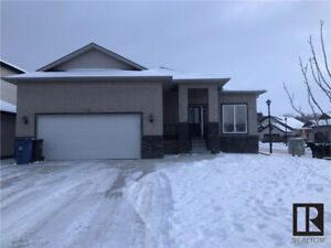 Varsity View/ Charleswood Large Bungalow in Great Location.