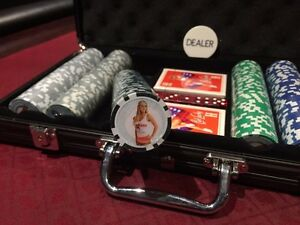 Hooters poker chips