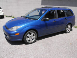 2003 FOCUS WAGON  LEATHER  SUNROOF ONLY 157,000 KMS