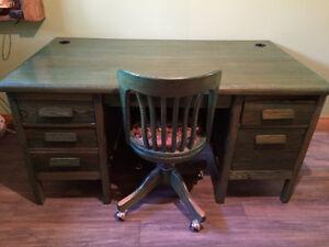 Bureaux,chaise et meuble de rangement