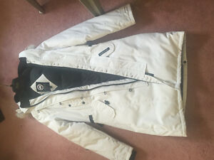 LADIES CANADA GOOSE JACKET 10/10 CONDITION NEVER WORN ALL WHITE