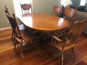 Dining table set $650 obo