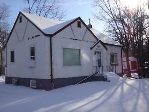 2 Bedroom House for Rent in St. Vital