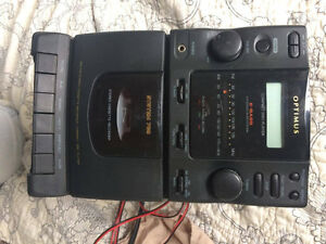 Tape / CD player combo w/ 2 speakers