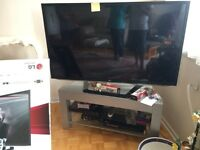LG 55 inches + dvd player and tv stand