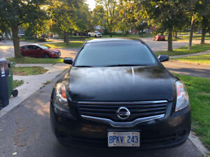Nissan Altima 2008 for sale  Runs good as is Condition - 1500$